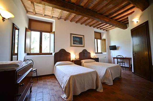 Stanze interne finemente arredate country house villa pieve for Stanze arredate